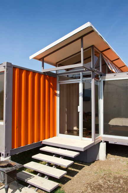 Press kit | 839-01 - Press release | Containers of Hope - Benjamin Garcia Saxe Architecture - Residential Architecture - Photo credit: Andres Garcia Lachner