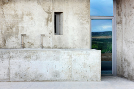 Press kit | 791-01 - Press release | Qumrán winery - Konkrit Blu Arquitectura - Industrial Architecture - Photo credit: José Hevia