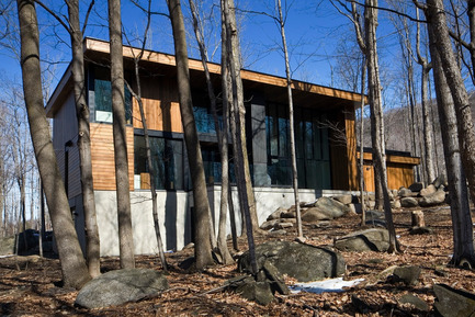 Press kit | 759-01 - Press release | Résidence du Mont-Saint-Hilaire - Blouin Tardif Architecture-Environnement - Architecture résidentielle - Photo credit: Steve Montpetit