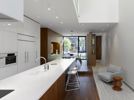 Press kit | 809-11 - Press release | Azure announces the finalists of the fourth annual AZ Awards - Azure Magazine - Competition - Drew Mandel Architects, Moore Park Residence, Toronto, Canada