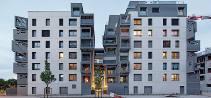 Press kit | 1151-01 - Press release | Carre Seine - Pietri Architectes - Residential Architecture - separated housing's overview by the fault  - Photo credit: Vincent Fillon<br>