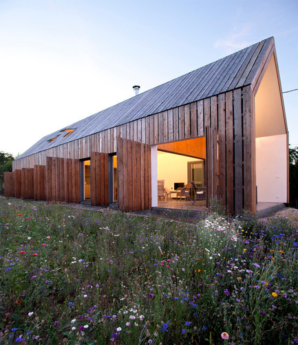 Press kit | 1028-03 - Press release | Announcing the shortlist for the LEAF Awards, 10th October 2014 - LEAF International - Competition - CoCo Architecture, Cornilleau House, Cornilleau House, France - Photo credit: Photo courtesy LEAF Awards