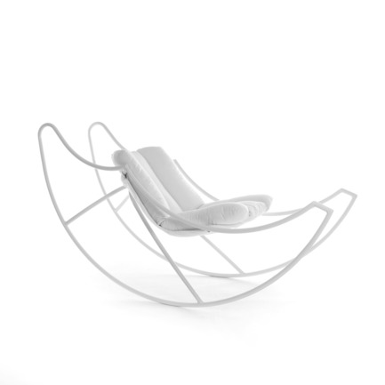 Press kit | 902-03 - Press release | A' Design Award & Competition / International Call for Entries - A' Design Award and Competition - Competition -  Design Name : Ali di luna (Moon's Wings)<br>Primary Function : Rocking Chair - Photo credit:  Stefania Vola