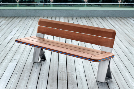 Press kit | 1133-02 - Press release | ALTO Design creates the new Équiparc DELTA street furniture collection - ALTO Design - Industrial Design - Bench with backrest - Photo credit: Adrien Williams