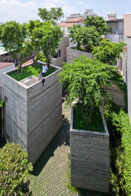 Press kit | 661-24 - Press release | 2014 Winners announced Day one - World Architecture Festival (WAF) - Competition - House for Trees by Vo Trong Nghia Architects