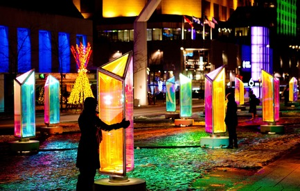 Press kit | 562-52 - Press release | Luminothérapie: interactive and digital public art illuminate winter in Montreal's Quartier des Spectacles - Bureau du design - Ville de Montréal - Urban Design -  Prismatica by RAW Design  - Photo credit: Cindy Boyce