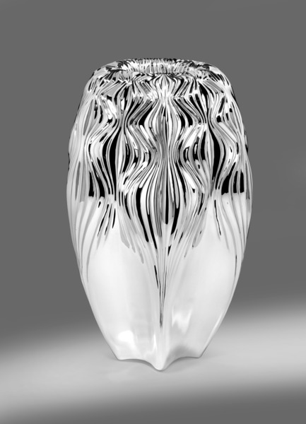 Press kit | 1604-01 - Press release | Design Days Dubai 2015 - Gallery Announcement - Design Days Dubai - Event + Exhibition -   Zaha Hadid VESU Vase, Copyright El-Woods   - Photo credit: Courtesy of Wiener Silber