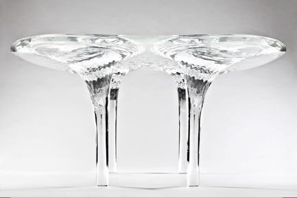 Press kit | 1604-01 - Press release | Design Days Dubai 2015 - Gallery Announcement - Design Days Dubai - Event + Exhibition -  Zaha Hadid Table ' Liquid Glacial, Acrylic, 2013  - Photo credit: Courtesy of David Gill Galleries