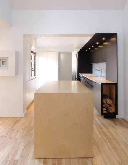 Press kit | 1198-01 - Press release | St-Philippe Residence - ATELIER GÉNÉRAL architecture - Residential Architecture - Movable Kitchen Island - Photo credit: Atelier Général
