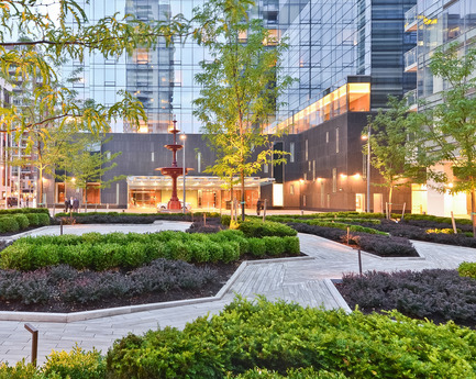 Press kit | 809-15 - Press release | Azure announces the finalists of the fifth annual AZ Awards - Azure Magazine - Competition - Landscape Architecture: Claude Cormier + Associés: Four Seasons Hotel and Residences, Toronto, Canada<br> - Photo credit:  AZ Awards 2015