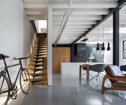 Press kit | 809-15 - Press release | Azure announces the finalists of the fifth annual AZ Awards - Azure Magazine - Competition - Residential Interiors: Atelier Moderno: Le 205, Montreal, Canada<br> - Photo credit:  AZ Awards 2015
