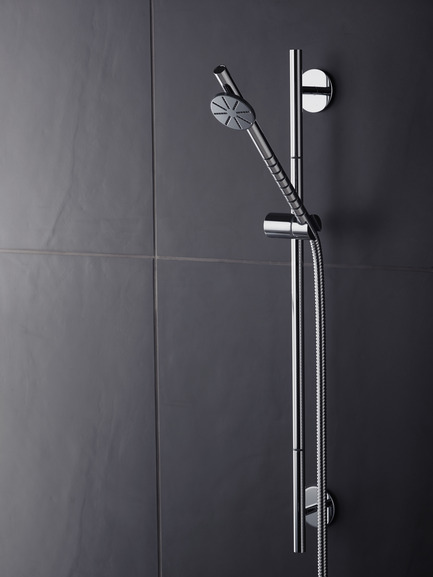 Press kit | 1621-01 - Press release | Discover BATIMAG - Batimat - Residential Interior Design - T65 Vola Shower in Stainless Steal - Photo credit: Vola