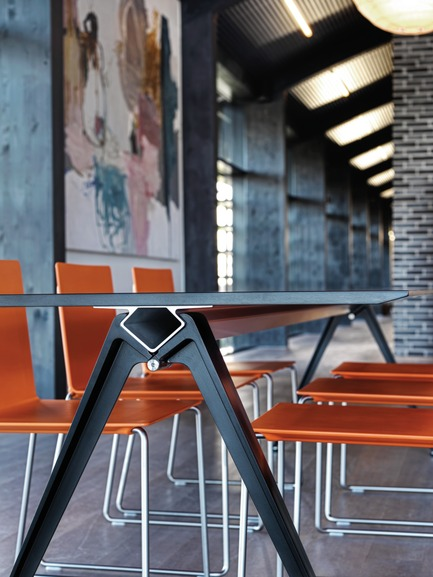 Press kit | 809-13 - Press release | Azure announces the winners of the fifth annual AZ Awards - Azure Magazine - Competition - Furniture Systems: Randers + Radius: Grip Tablesystem, by GrumDesign<br> - Photo credit: n/a