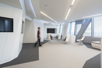 Press kit | 896-08 - Press release | Arte Charpentier Architectes designs and builds the new Thales head office in the Carpe Diem Tower, La Défense, Paris - Arte Charpentier Architectes - Commercial Interior Design - Thales Headquarters -- Paris La Défense, France - Photo credit:  Hervé Abbadie