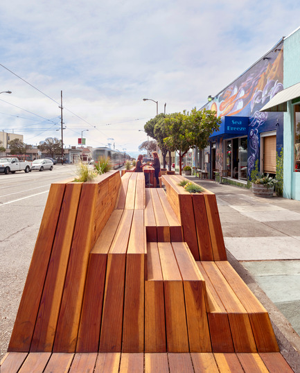 Press kit | 1562-01 - Press release | Sunset Parklet receives Special Recognition in Urban Design Award - INTERSTICE Architects - Urban Design - Photo credit: Cesar Rubio