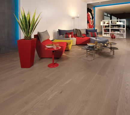 Press kit | 1639-01 - Press release | The new Flair collection by Mirage - Mirage Hardwood Floors - Residential Interior Design -  White Oak Sand Dune - Light character<br>  - Photo credit:  Mirage Hardwood Floors<br>