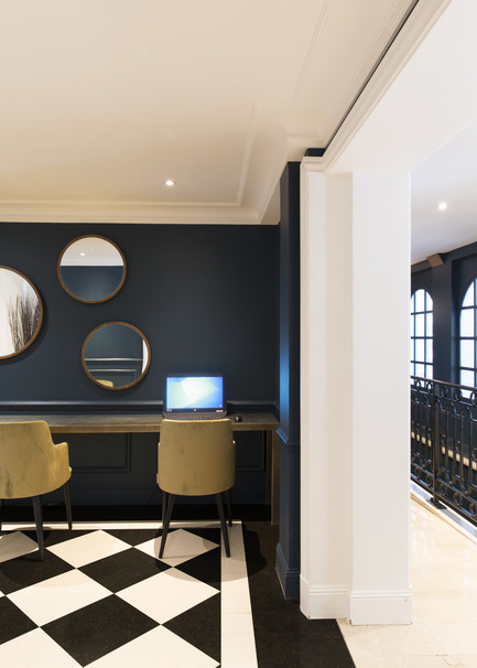 Press kit | 1112-02 - Press release | Hôtel Royal, Paris - Emma Donnersberg Interiors - Commercial Interior Design - Photo credit: Stephane Julliard