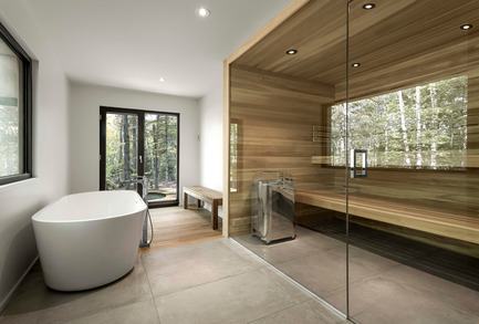 Press kit | 1095-02 - Press release | Spahaus and Trihaus: democratized access to contemporary architecture in nature - Fraternité-sur-Lac & YH2 - Real Estate - SPAHAUS - BATHROOM AND SAUNA - Photo credit:         Julien Perron-Gagné
