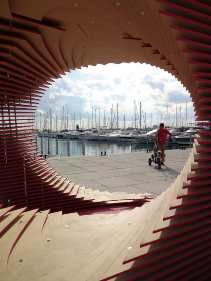 Press kit | 1819-01 - Press release | The PortHole - TOMA! - team of manufacturers architects - Event + Exhibition - VORTEX - Photo credit:  ©Tiziano ZANNORDO @tizianozannordo
