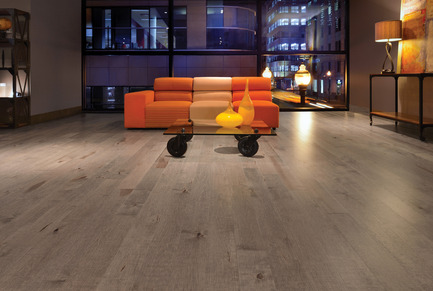 Press kit | 1639-02 - Press release | The Imagine Collection from Mirage: designed to help hiding the marks and scuff of daily use - Mirage Hardwood Floors - Residential Interior Design -  Old Maple Rock Cliff, Cork Look<br>  - Photo credit: Mirage Hardwood Floors<br>