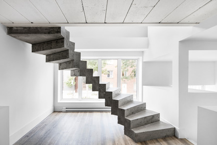 Press kit | 1215-01 - Press release | Purity of concrete - Issadesign - Commercial Interior Design - Concrete staircase - Photo credit:  Adrien Williams