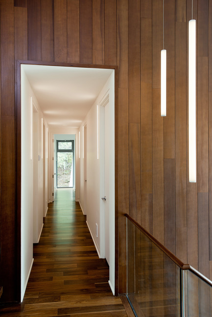 Press kit | 1678-01 - Press release | CEDRUS Residence - BOOM TOWN - Residential Architecture - Corridor - Photo credit: Angus McRitchie