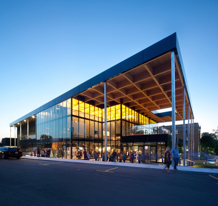 Press kit | 567-08 - Press release | Mont-Lauriermultifunctional theater - Les architectes FABG - Institutional Architecture - Photo credit: Steve Montpetit<br>