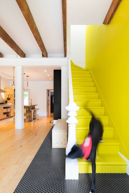 Press kit | 1608-02 - Press release | Grand Trunk Revival - Mark+Vivi - Residential Architecture - Her yellow brick road - Photo credit: Adrien Williams
