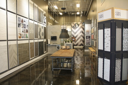 Press kit | 846-17 - Press release | Ceragres is celebrating its 25 years, looking toward the future - Ceragres - Product - Ceragres tile shop - Plancher 2000, Longueuil  - Photo credit:  Ceragres