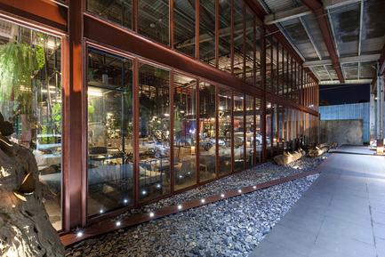 V2com Newswire Design Architecture Lifestyle Press