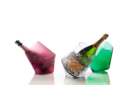 Press kit | 990-03 - Press release | KAYIWA's New Gravity-Defying Barware Redefines Modern Drinking Culture - KAYIWA - Product -  CARAT Barware by KAYIWA  - Photo credit: KAYIWA