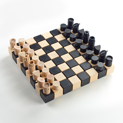Press kit | 902-05 - Press release | World Design Rankings - A' Design Award and Competition - Event + Exhibition - Chesset Chess set by Duval Patterson - Photo credit: Duval Patterson