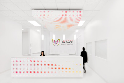 Press kit | 2037-01 - Press release | Univers Nuface - ADHOC Architects - Commercial Interior Design - Photo credit: © Adrien Williams