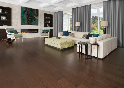 Press kit | 1639-04 - Press release | Rio and Havana: hot new colors from Mirage Hardwood Flooring - Mirage Hardwood Floors - Residential Interior Design -  Red Oak Havana - Admiration Collection<br>  - Photo credit:  Mirage Hardwood Floors