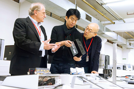 Press kit | 1696-06 - Press release | After record participation: The winners of the Red Dot Award: Product Design 2016 have been announced! - Red Dot Award - Competition - Red Dot jurors Gordon Bruce, Hideshi Hamaguchi, and Prof. Dr. Ken Nah<br> - Photo credit: Red Dot <br>