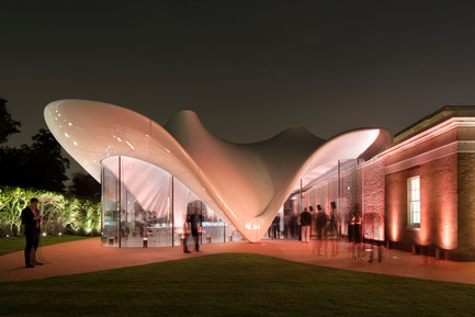 Press kit | 2072-01 - Press release | Zaha Hadid1950­-2016 - Zaha Hadid Architects - Event + Exhibition - Serpentine Sackler Gallery, London - Photo credit: Luke Hayes