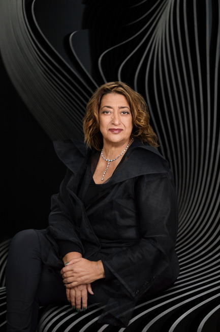 Dossier de presse | 2072-01 - Communiqué de presse | Zaha Hadid1950­-2016 - Zaha Hadid Architects - Event + Exhibition - Zaha Hadid_portrait - Crédit photo : Mary McCartney