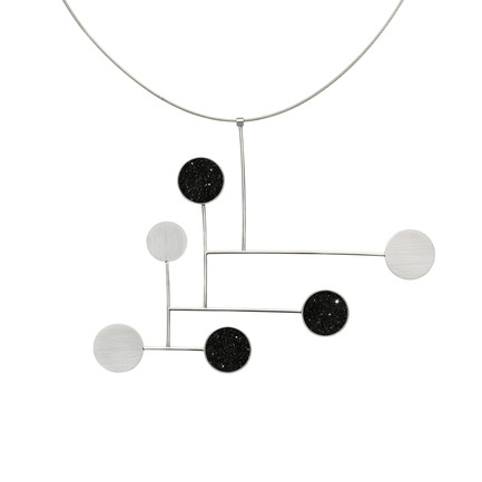 Press kit | 2063-01 - Press release | Stellar, a new concrete-and-diamond jewelry collection from Konzuk, launches at ICFF in New York in May 2016 - KONZUK  - Product - Konzuk Stellar Collection: Fay, necklace - Photo credit: Jason Koroluk