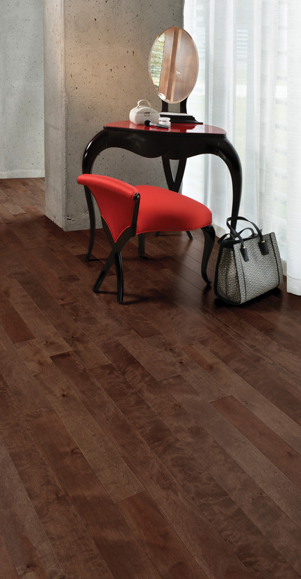 Press kit | 1639-05 - Press release | New colors and species come to the Mirage Sweet Memories Collection - Mirage Hardwood Floors - Residential Interior Design - Aged Yellow Birch, Gingerbread - Sweet Memories Collection - Photo credit: Mirage Hardwood Floors