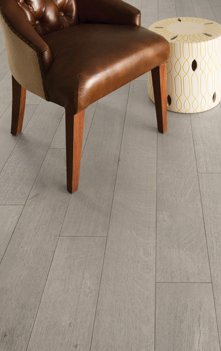 Press kit | 1639-05 - Press release | New colors and species come to the Mirage Sweet Memories Collection - Mirage Hardwood Floors - Residential Interior Design -  Handcrafted White Oak R&Q, Treasure - Sweet Memories Collection  - Photo credit: Mirage Hardwood Floors