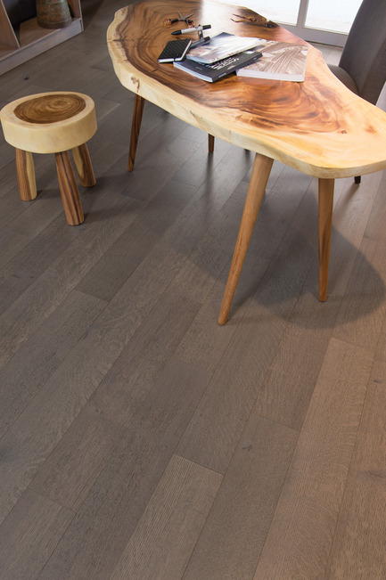 Press kit | 1639-05 - Press release | New colors and species come to the Mirage Sweet Memories Collection - Mirage Hardwood Floors - Residential Interior Design -  Handcrafted White Oak R&Q, Tree House - Sweet Memories Collection  - Photo credit: Mirage Hardwood Floors