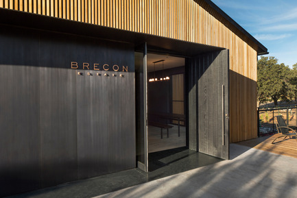 Press kit | 2112-01 - Press release | Brecon Estate Winery - Aidlin Darling Design - Commercial Architecture - Tasting Room entry - Photo credit: Adam Rouse