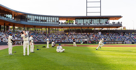 Press kit | 2013-03 - Press release | Winner announcements for the WAN Education, Sport in Architecture & Performing Spaces Award 2016 - World Architecture News Awards (WAN AWARDS) - Commercial Architecture -  WAN Sport in Architecture 2016 Winner  - Photo credit:  CHS Field by Snow Kreilich Architects, Ryan A+E, AECOM © Paul Crosby