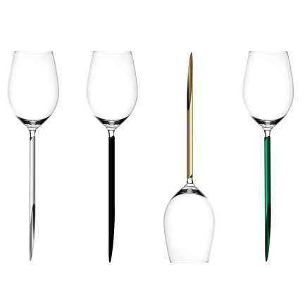 Press kit | 2096-01 - Press release | Parqer - The wine glass for outdoor use - Parqer Glass - Product - The Parqers are available in four different colors: Syrah Silver, Pinot Noir Black, Chardonnay Gold and Alvarinho Green.  - Photo credit: Parqer Glass