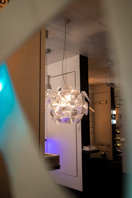 Press kit | 1152-07 - Press release | Opening of the new showroom boutique: Le Studio Luminaires - LumiGroup - Lighting Design - Luceplan - Hope - Photo credit: Le Studio Luminaires