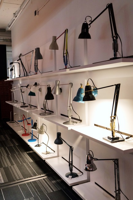 Press kit | 1152-07 - Press release | Opening of the new showroom boutique: Le Studio Luminaires - LumiGroup - Lighting Design - Anglepoise - Photo credit: Le Studio Luminaires