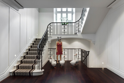 Press kit | 625-15 - Press release | Arte e Moda - Desjardins Bherer - Residential Interior Design -  ESCALIER HALL<br>CE PROJET COMPORTE DES RESTRICTIONS DE PUBLICATION, MERCI DE CONTACTER CAROLINE SIMARD POUR AVOIR ACCÈS AUX IMAGES  csimard@volume2.ca   /THIS PROJECT HAS PUBLICATION RESTRICTIONS, PLEASE CONTACT CAROLINE SIMARD TO ACCESS IMAGES  csimard@volume2.ca     - Photo credit:  André Doyon