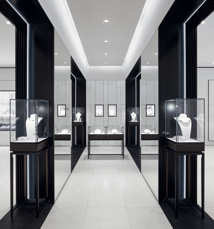 Press kit | 1124-08 - Press release | WIN Awards - Retail & Workspace Interiors Shortlist Announced - World Interiors News - Commercial Interior Design - WIN Awards 2016 - Retail Interiors Greater Than 200 SQM Category: Georg Jensen Flagship Store in Munich by Studio David Thulstrup (Denmark)    <br><br> Georg Jensen's new flagship store in Munich is located on one of the city's luxury shopping streets, Maffeistrasse. The store concept is inspired by geometric, Scandinavian and Art Deco references, all originating from the Danish silversmithing brand's rich history.    <br><br> The client's brief expressed a wish to create a Scandinavian inspired, material-rich space where the merchandise would be highlighted in a sophisticated and minimalistic way. It was important for the client that the space would represent the brand and its heritage.    <br><br> 'The product which is known for its simplicity is showcased brilliantly in this rigorous interior. The framing of the product is a consistent feature which works very well.' SK - Photo credit: Studio David Thulstrup