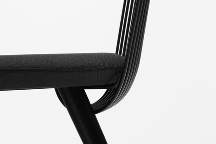 Press kit | 1539-03 - Press release | WW Chair - H Furniture Ltd. - Industrial Design -  WW Chair <br>Wood: oak, stained black. Upholstery: black fabric    - Photo credit: Peter Guenzel