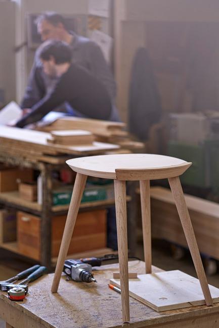 Press Kit | 1539 03   Press Release | WW Chair   H Furniture Ltd
